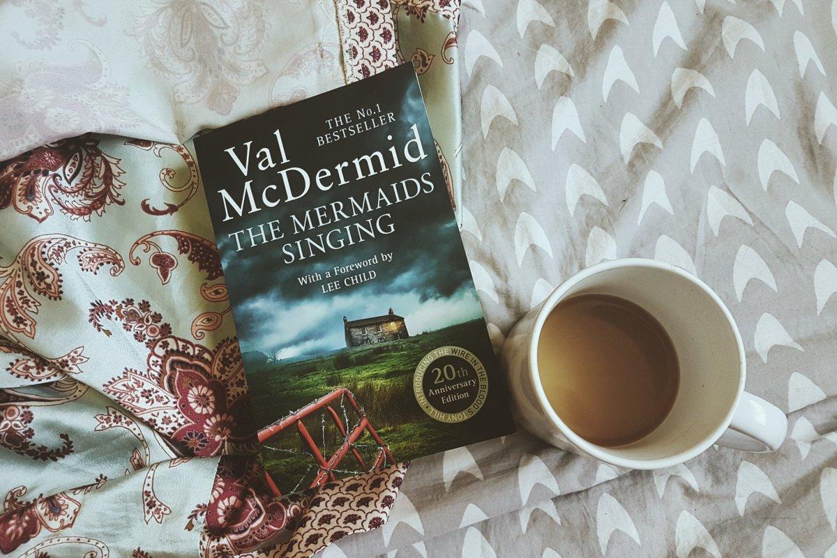 Book Review – DreamingAndReading